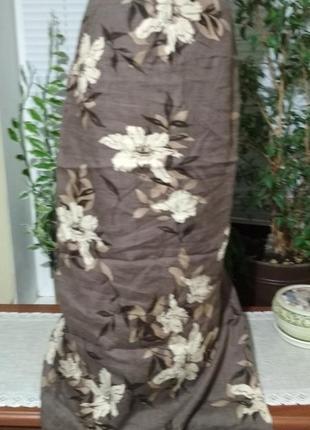 Льняная длинная юбка в крупные цветы