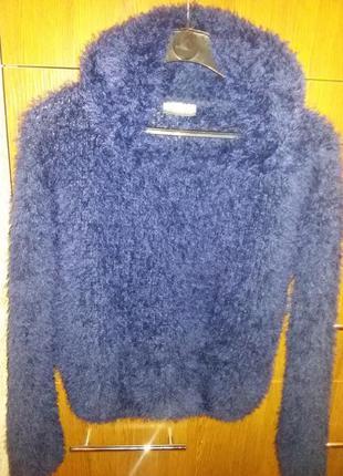 Модный свитер c&a
