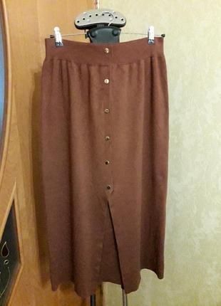 Теплая удлинённая юбка с красивым вырезом 20 размера