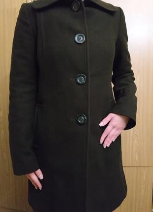 Пальто женское. шерсть. размер 36/38.
