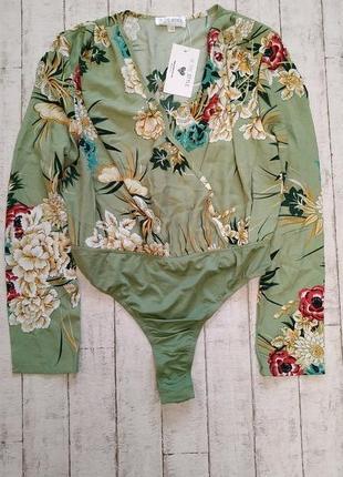 Боди - блуза с цветочным принтом бренда in the style