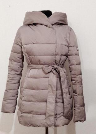 Отличный стильный пуховик пальто базовая куртка теплый с капюшоном цвет шикарный
