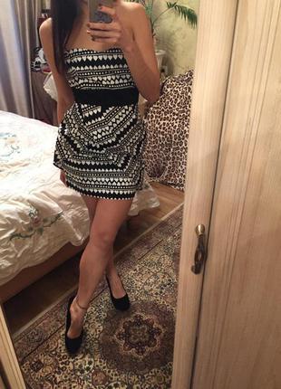 Новое шикарное платье с сердечками asos 10рр
