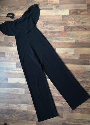 Новый с биркой стильный черный комбинезон размер s