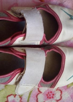 Спортивные туфли nike размер 32