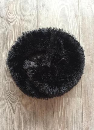 Чёрный пушистый шарф-боа