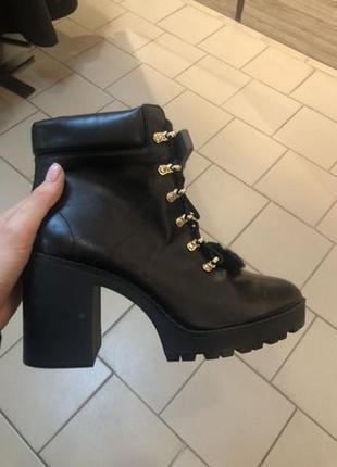 Ботинки stradivarius, обувь на осень,сапоги новые р. 38