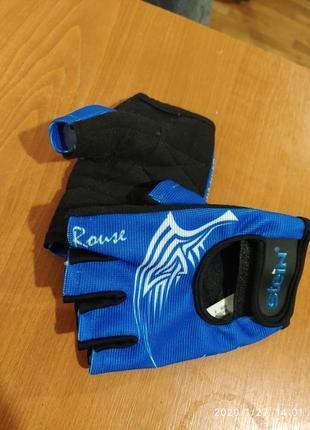 Перчатки для зала и велоспорта