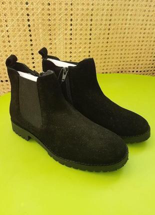 Ботинки челси замшевые, новые 34 размера