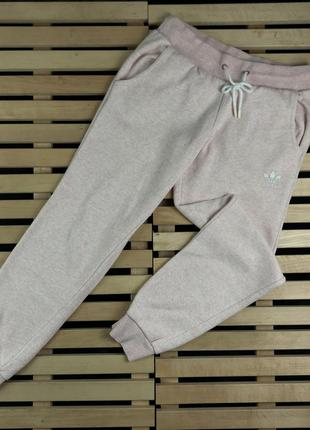 Супер крутые женские спортивные штаны adidas размер 10/s