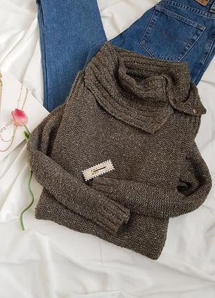 Стильний светр хакі в блисківки від esprit