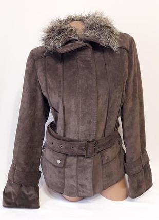 Стильна курточка под ремешок