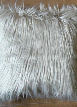 Подушка с длинным ворсом