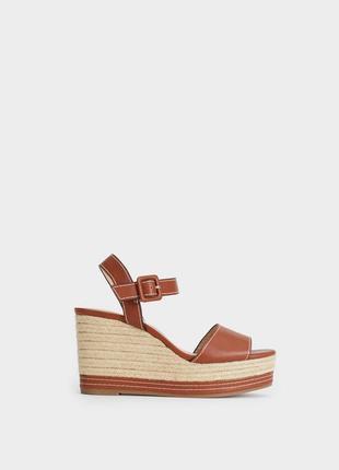 Красивые - стильные босоножки на танкетке , платформа сандали , parfois