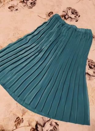 Легкая юбка плиссе бирюзового цвета