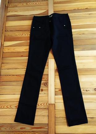 Классические брюки для девушки. размер 40-42.