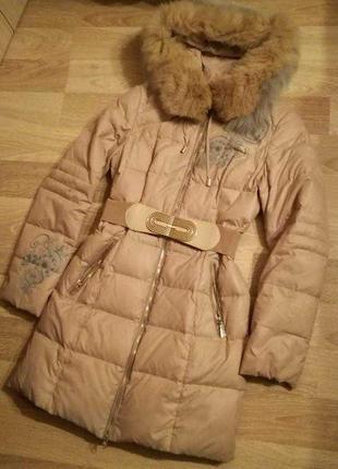 Скидка!!тёплый пуховик,куртка пух/перо под пояс с капюшоном с мехом