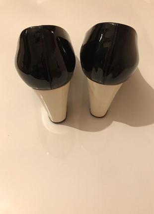 Туфли casadei лаковые8 фото