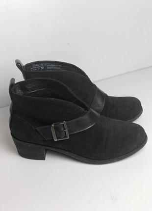 Модные ботинки с нубука , актуальные ботинки , замшевые ботинки