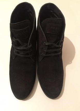 Ботинки замшевые prada {оригинальные}