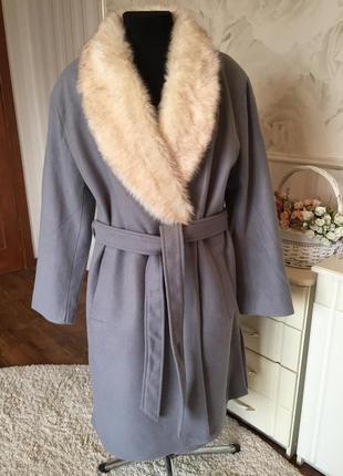 Шикарное кашемировое пальто большого размера 52-54.