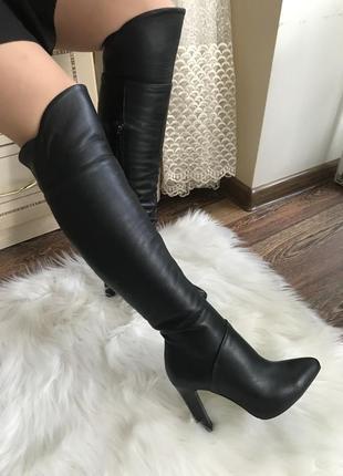 Шикарные сапоги на высоком каблуке, острый носочек