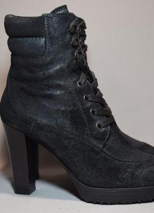 Ботинки hogan ботильоны женские замшевые на каблуке. италия. оригинал. 38-39 р./25 см.