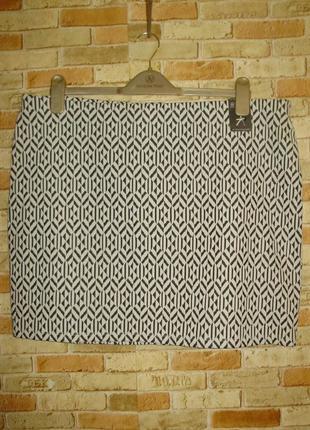 Новая кремовая фактурная стрейч юбка в принт 20/54-56 размера