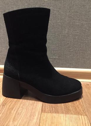 Замш.( натур) ботинки braska, р.41 ( на стопу 27 см)