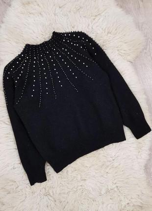 Ангоровый свитер в бусинах