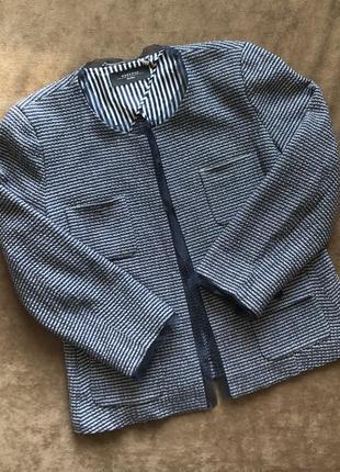 Красивый пиджак max mara
