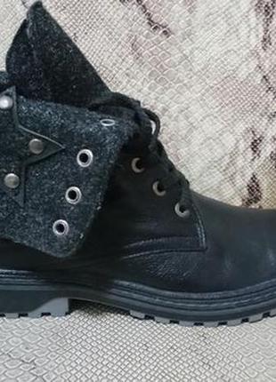 Женские ботинки на байке новые р. 40