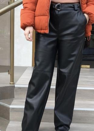 Кожаные брюки4 фото