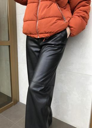 Кожаные брюки2 фото