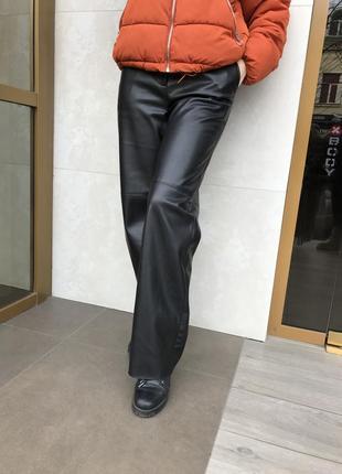 Кожаные брюки1 фото
