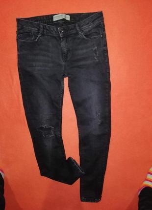 Классные рваные джинсы скинни clockhouse 40 в очень хорошем состоянии