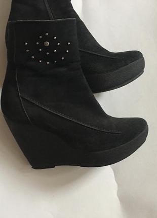 Ботинки зимние на платформе
