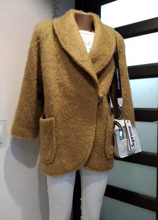Отличное тёплое шерстяное ворсистое пальто