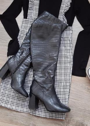 Сапоги высокие на каблуке. сапожки. чоботи високі