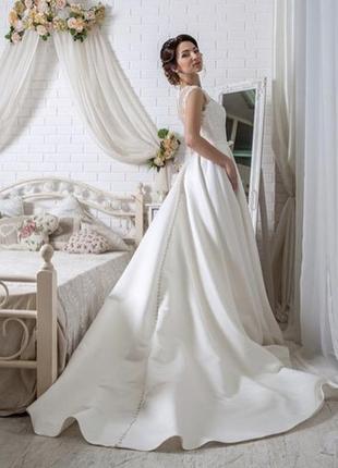 Свадебное платье, цвет шампань