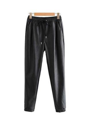 Кожаные штаны. джогеры. новые!