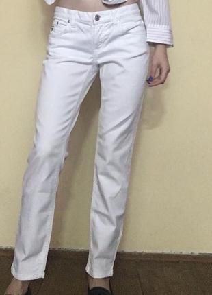 Білі джинси gant9 фото