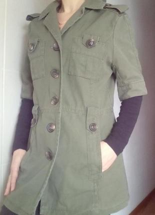 Куртка парка с короткими рукавами в стиле милитари