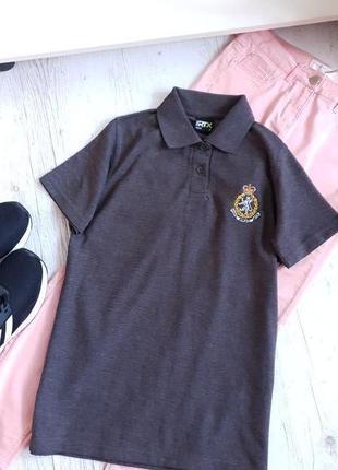 Женская футболка поло.