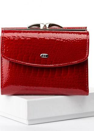 Кожаный лаковый женский кошелек красный, черный, натуральная кожа