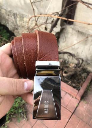Мужской кожаный ремень madoc коричневый цвет