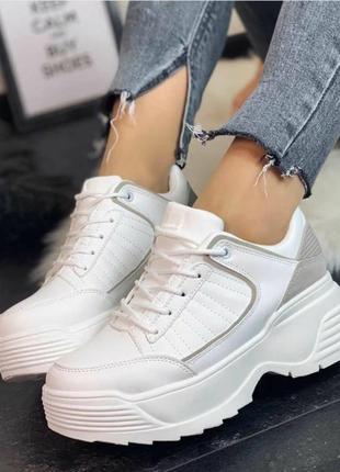 Sale  белые кроссовки ботинки криперы женские на платформе
