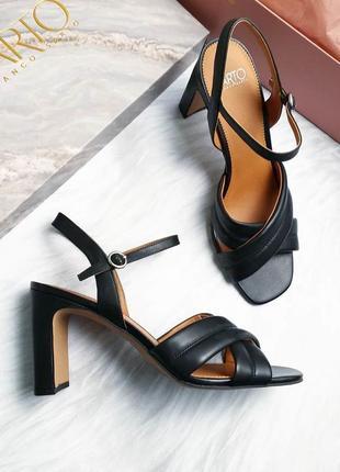 Franco sarto оригинал кожаные черные босоножки на широком каблуке