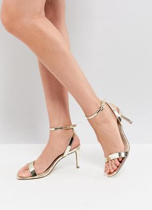 Золотые босоножки на каблуке асос asos