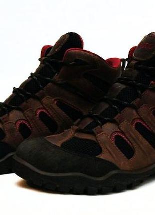 Кожаные ботинки  ecco (gore-tex). размер 40